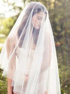 Bridal drop veil with blusher - Style 104