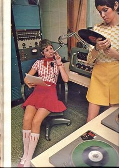 Love this old radio studio. Look at that equipment!  Tubes!