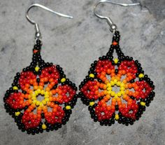Huichol Peyote Beaded Earrings by HuicholArte on Etsy, #beadwork
