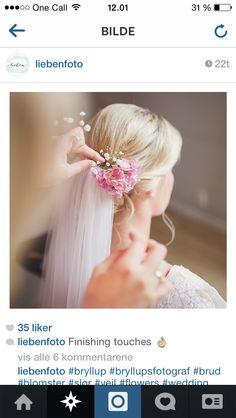 Blomster i håret?