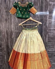 Girls Frock Design, Long Dress Design, Baby Dress Design, Stylish Dress Designs, Kids Dress Wear, Kids Gown, Baby Frocks Designs, Kids Frocks Design, Baby Girl Party Dresses