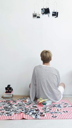 Image discovered by ⟭⟬ ᴴ^^ᴾᵞ⁷ ⟬⟭. Find images and videos about kpop, bts and jimin on We Heart It - the app to get lost in what you love. Bts Jungkook, Suga Rap, Namjoon, Park Ji Min, Busan, Billboard Music Awards, Jikook, Sunshine Line, Bts Season Greeting