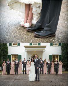 Aside from the lovely wedding party .. I'm soooooooooo loving the idea of the GROOMSMEN posing the bouquets lol