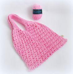 Návod na výrobu síťovky na nákup   Prima nápady Knitted Bags, Art Lessons, Fingerless Gloves, Arm Warmers, Crochet Top, Diy And Crafts, Retro, Beanie, Knitting