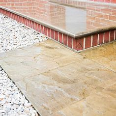 Wandsworth Urban Garden with York Stone paving, basement and entrance steps, complicated glass and steel works designs Modern Garden Furniture, York Stone, Urban Garden Design, Garden Paving, Heuchera, Garden Show, Paving Stones, Green Lawn, Small Gardens