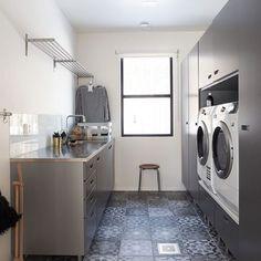 Laundry room // kodinhoitohuoneemme . . . #laundryroom #laundryroomdecor #mitinspo #skandinavianhome #sisustusinspiraatio #etuovisisustus #skandinaavinenkoti #skandinaavinensisustus #skönahem #interiorwarrior #nordichome #vackrehjem #kodinhoitohuone #whiteinterior #interior_and_living #interiørinspirasjon Laundry Room Inspiration, Stacked Washer Dryer, Scandinavian Interior, Washing Machine, Sweet Home, Home Appliances, Interior Design, Modern, House