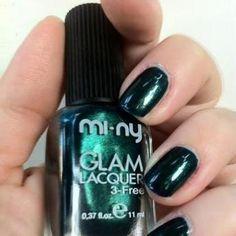 CALLA LILY by Giallo Narciso.  Leggi il post: http://giallonarciso.blogspot.it/2012/05/calla-lily-mi-ny-cosmetics.html#more #nails #naillacquer #nailpolish #glam #fashion @minycosmetics