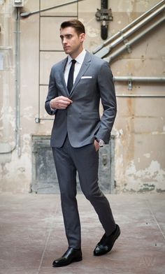 Ashley-Weston-2-Button-Gray-Notch-Lapel-Suit-Full-Length