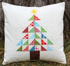 Patchwork Christmas Tree Pillow tutorial