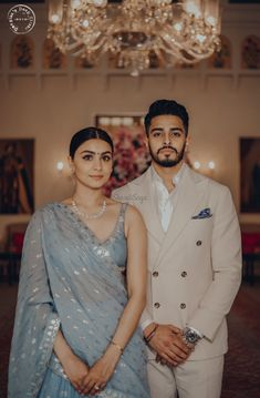 wedding Couple outfits - This Couple's Pre-wedding Look will Calm your Hearts like Never Before! Pre Wedding Poses, Pre Wedding Photoshoot, Wedding Shoot, Wedding Sari, Wedding Ideas, Indian Wedding Outfits, Bridal Outfits, Indian Wedding Photography Poses, Photography Couples