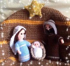 Pesebre Navideño -Vírgen María, San José y Niño Jesús - Amigurumi - Patrón Gratis en Español para descargar en PDF aquí: https://docs.google.com/file/d/0B0kG02A7goS2M1NfSXUzXzZrOGc/edit?pli=1 Estrella Navideña Amigurumi aquí: http://www.tejiendoperu.com/navidad/estrellas-a-crochet/