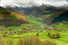 Cantabria trabajará en acciones para consolidar el desarrollo turístico de Valles Pasiegos