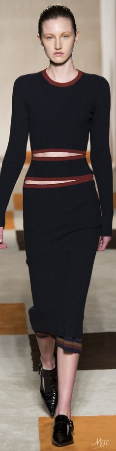 Fall 2016 Ready-to-Wear Victoria Beckham