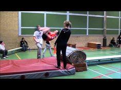 Hier zie je een film over freerunnen - een onderdeel van de lessen lichamelijke opvoeding
