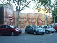 Nau Ivanow. Barcelona. Calle Honduras