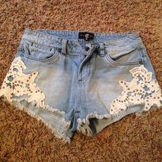 Jean shorts Cello jeans size small! Super cute and in great condition! Just don't fit me anymore! Shorts Jean Shorts