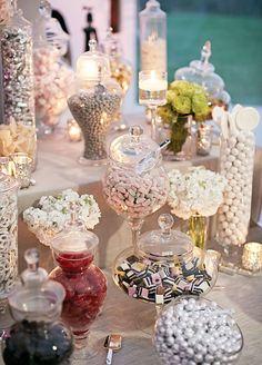 Vintage wedding candy bar dessert tables love is sweet 19 Super Ideas Buffet Dessert, Deco Buffet, Candy Buffet, Dessert Tables, Candy Bar Wedding, Wedding Sweets, Wedding Favours, White Candy Bars, Sweet Table Wedding