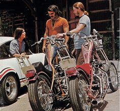 Vintage pic of 70s era hardtail customs with molded frames and intricate paint jobs