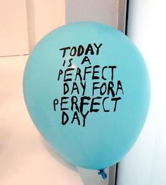 make it: painted message balloons