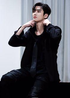 Joon Hyuk, Fnc Entertainment, Korean Star, Bts Korea, Celebs, Celebrities, Asian Boys, Kpop Boy, Handsome Boys