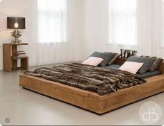 Beam queen platform bed reclaimed railroad tie beds for Nice bed frames
