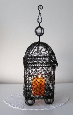candlestick romance, steel wire Candleholders, Candlesticks, Wire Crafts, Diy And Crafts, Candle Holders Wedding, Wire Frame, Wire Art, Home Lighting, Metal Art
