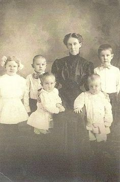 Taken at the Masonic Widows and Orphans Home in Louisville, Kentucky in 1908.  Left to right: Sula Susan, Thomas Miller, James Hobart, Sarah Frances (Davis) Wallen, Charles Homer, and William Jesse