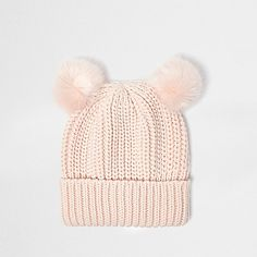 Soft ribbed knit Faux fur pom poms Turn-up hem Bonnet Rose, Knitted Hats, Crochet Hats, Fall Looks, Beanie Hats, Womens Scarves, Women's Accessories, Tumblr Outfits, Ideias Fashion