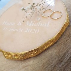 Perfect gift for a wedding. Make your wedding day even more memorable. Your names and wedding date, engraved forever in stone. Wedding Gifts, Wedding Day, Gold Accessories, Luxury Gifts, Petra, Wedding Designs, How To Memorize Things, Wedding Inspiration, Names