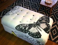 """""""Meredith chose to reupholster her bargain find with west elm's Butterfly Shower Curtain! The cotton shower curtain printed with a flora and butterfly design was a much more affordable option for large scale print that Meredith wanted. Diy Ottoman, Tufted Ottoman, White Ottoman, Ottoman Cover, Do It Yourself Design, Do It Yourself Home, Furniture Makeover, Diy Furniture, Curtain Tutorial"""