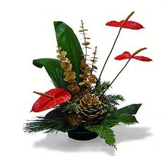 Avante Gardens Florist – Florals Unique: Your local Orange County Florist offering outstanding floral design, service and delivery to All Cities located in Orange County California. Christmas Floral Designs, Christmas Flower Decorations, Christmas Floral Arrangements, Christmas Flowers, Christmas Centerpieces, Contemporary Flower Arrangements, Ikebana Arrangements, Tropical Christmas, Flower Packaging