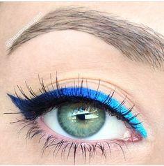 Eye-liner blue delineado de ojos color azul