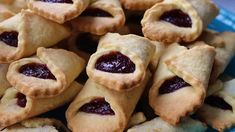 Biscuits, Food And Drink, Gluten Free, Cookies, Recipes, Blog, Brownies, Youtube, Diet