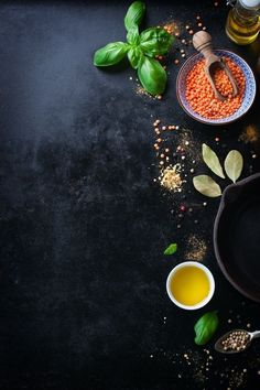 Top view of bowl with lentils and variety of condiments Free Photo Come and see food design Food Poster Design, Food Menu Design, Cafe Menu Design, Menu Restaurant, Restaurant Identity, Restaurant Restaurant, Deco Pizzeria, Web Design, Graphic Design