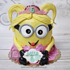 64BD. Dziewczęca wersja Minionka. Minion cake idea for girls.