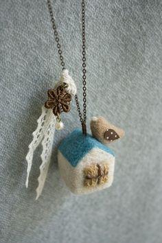 羊毛フェルト,アクセサリー,ネックレス
