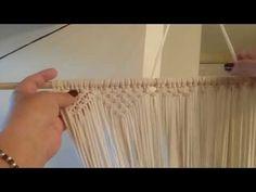 Tutorial de macrame clase # 7 - YouTube Macrame Knots, Macrame Jewelry, Yarn Crafts, Diy And Crafts, Macrame Design, Yarn Thread, Macrame Patterns, Projects To Try, Weaving