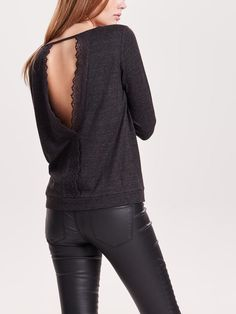 LACE 3/4 SLEEVED TOP, Black, large - ONLY
