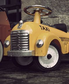Taxi, taxi!! Best yellow taxi cab with significant age.