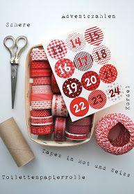 Aus Toilettenpapierrollen habe ich für meinen Papa einen Adventskalender gebastelt.       Die kleinen Schachteln habe ich mit rot-weiss...