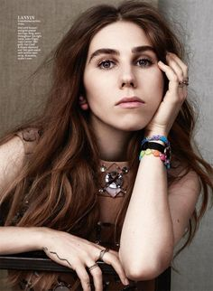 Girls Actress Zosia Mamet poses for InStyle Magazine latest issue captured by photographer Bjarne Jonasson (Atelier Management). Lena Dunham Girls, Zosia Mamet, Girls Hbo, Thick Brows, Alfred Stieglitz, Instyle Magazine, Fashion Deals, How To Pose, Famous Celebrities