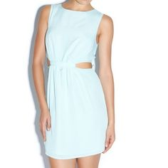Madison for shoedazzle Yara dress in mint medium Brand new never work this mint dress by Madison for shoedazzle 35 inches from shoulder to hem 14.5 inches waist measured flat. Back zipper. 100% polyester. No returns thanks for looking! Shoe Dazzle Dresses