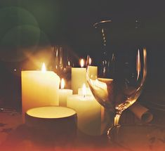 Beautiful nights thogether! C H R I S T M A S ✨! #christmas #almostchristmas #almost #christmasgifts #christmasdecor #christmastime #table #diner #vino #candlelight #candles #home #homedecor #homesweethome #feestdagen #kerst #kerstmis #kerstman #photography #photographer #photo #fotografie #fotograaf #hobby #netherlands #photooftheday #togheter