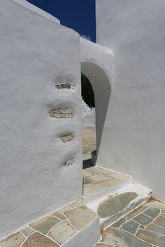 Vahti - Sifnos Greece