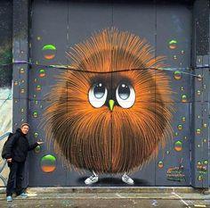 Colorido arte de nueva escuela creado por el artista callejero Mistersed en la ciudad de Berlin, Alemania.