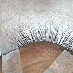 Natural Fake Eyelashes, Perfect Eyelashes, Thicker Eyelashes, Eyelash Extensions Salons, Eyelash Technician, Big Lashes, Asian Eye Makeup, Individual Eyelash Extensions, Makeup Quotes