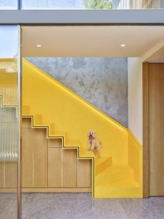 Özbinar Evi - Arkitera Bakery Design, Courtyard House, Two Story Homes, Story House, Image House, Interior Design Inspiration, Design Process, Ground Floor, Interior Architecture
