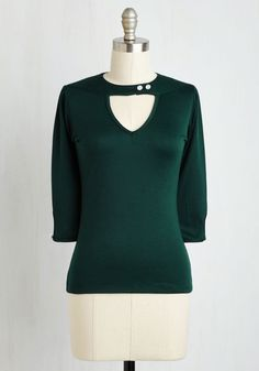 Brave Review Top. After a long day of editing at the zine, you strut off to happy hour, dressed for the occasion in this deep green top. #green #modcloth