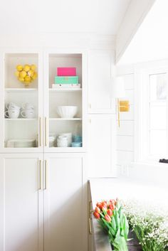 A dreamy kitchen is achievable with the right color, style, and even decor. Style Me Pretty Living shares five designer secrets to a kitchen renovation that will give your space a professional polish.