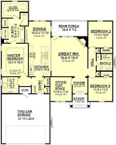 Ranch Style House Plan 1778 Sq/Ft Plan I don't care fore the Garage in front of the house. Maybe it could become a detached garage or placed on the side? The Plan, How To Plan, Plan Plan, D House, House With Porch, Cottage House, Tiny House, Small House Plans, House Floor Plans